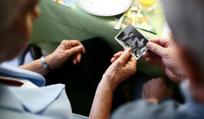 TOP 5: prezenty na Dzień Babci i Dziadka dla dwojga